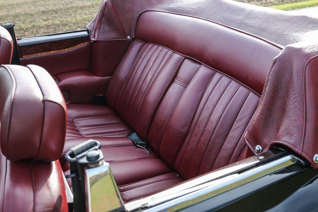 Rolls-Royce Corniche Convertible Frank Sinatra auction (12)