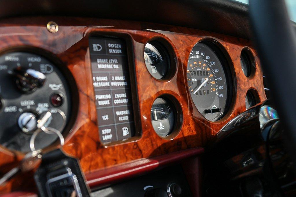 Rolls-Royce Corniche Convertible Frank Sinatra auction (16)