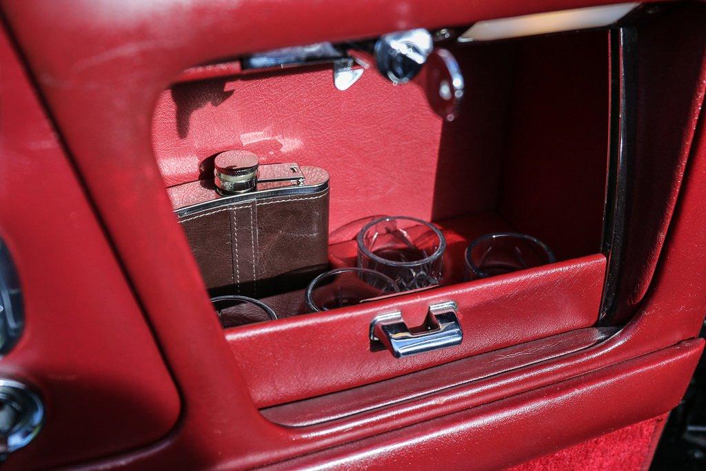 Rolls-Royce Corniche Convertible Frank Sinatra auction (19)