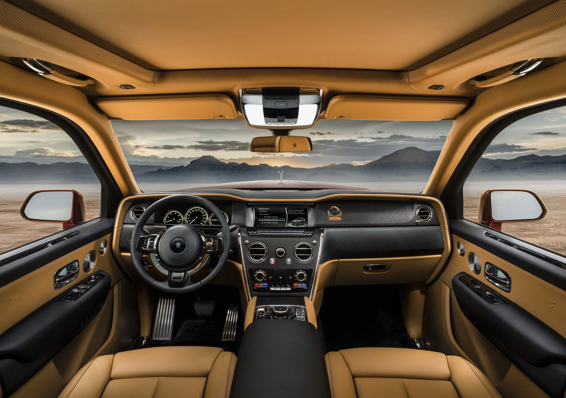 Rolls Royce Cullinan (11)