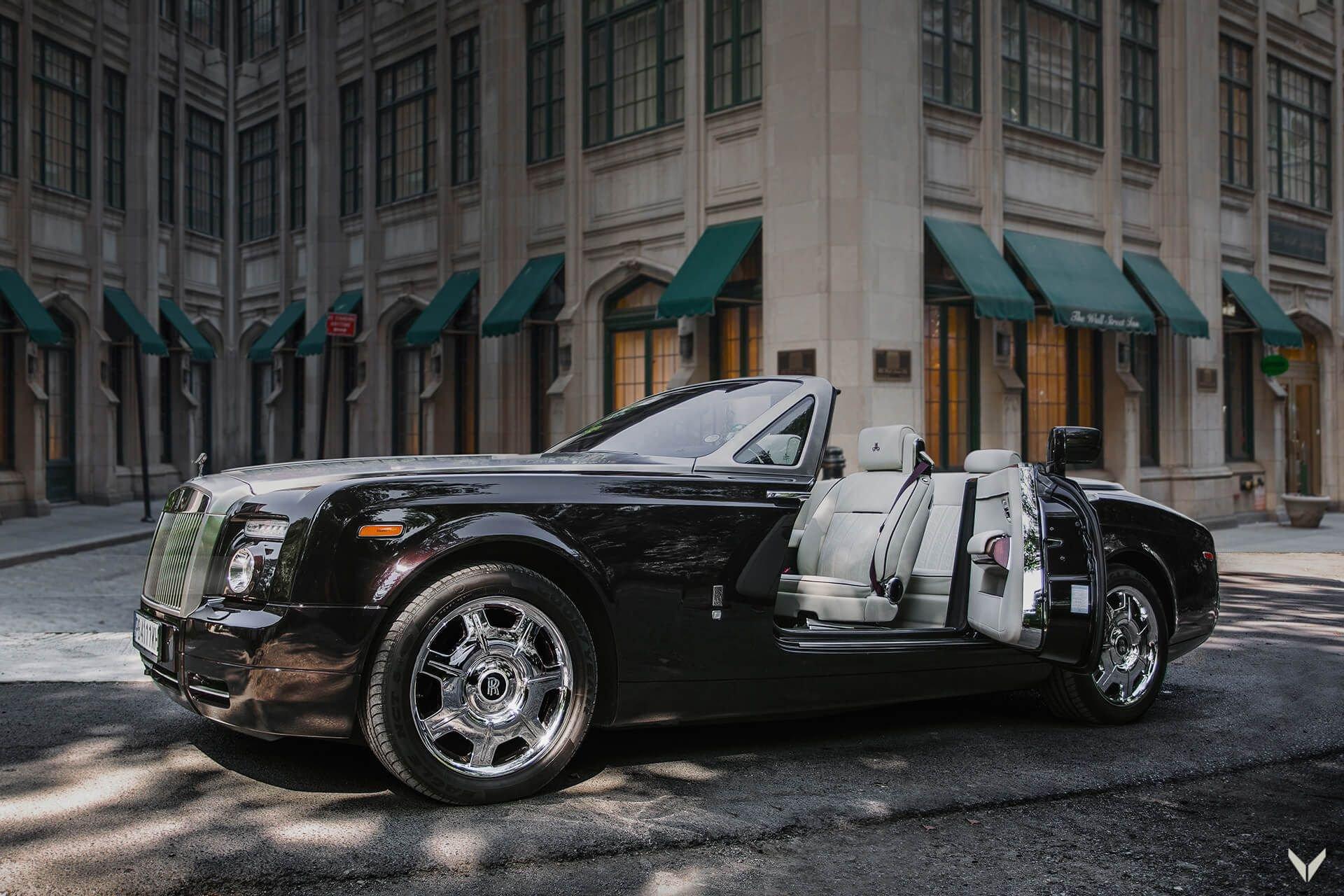 Rolls-Royce_Phantom_Drophead_Coupe_By_Vilner_0001