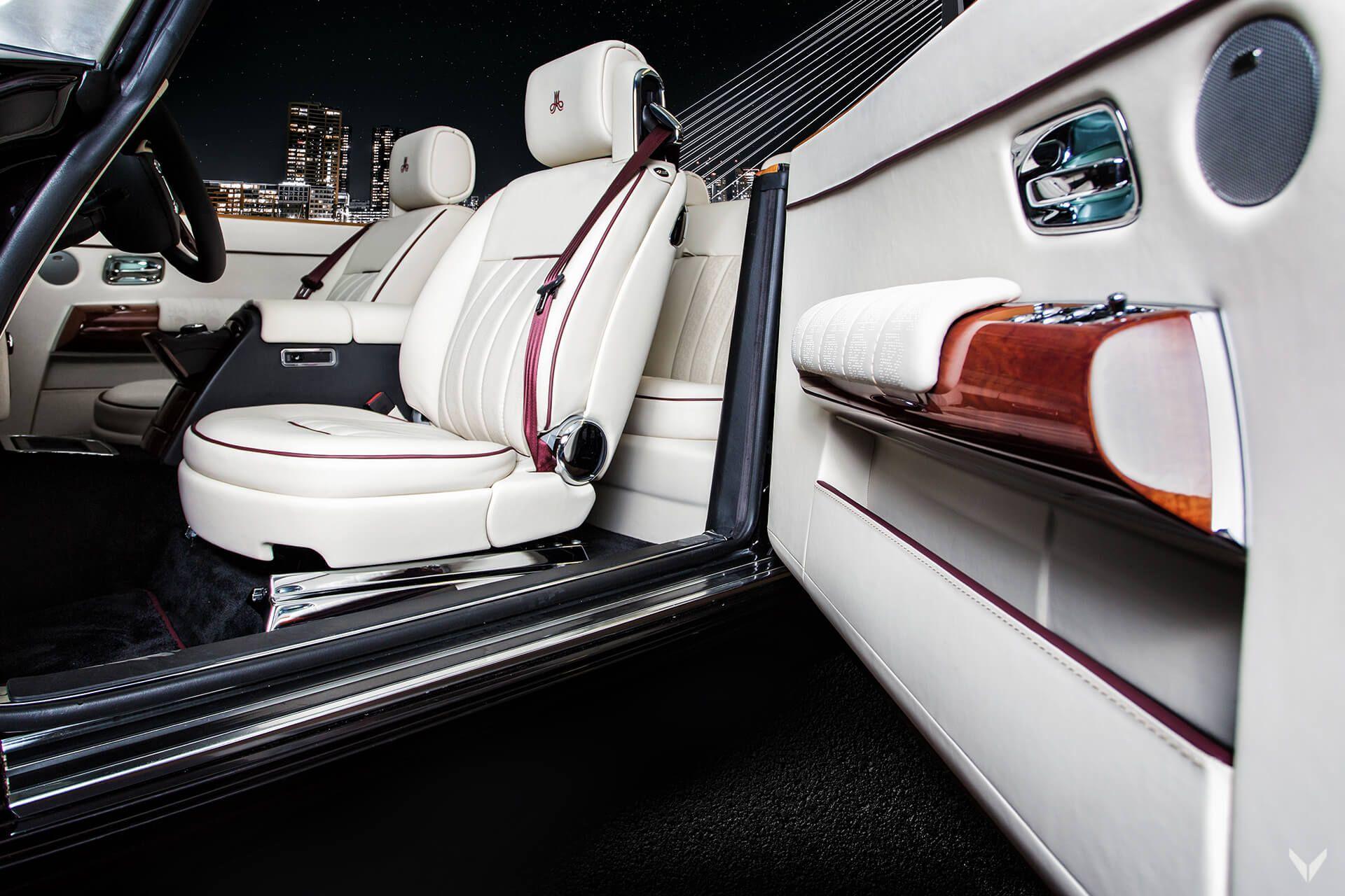 Rolls-Royce_Phantom_Drophead_Coupe_By_Vilner_0004