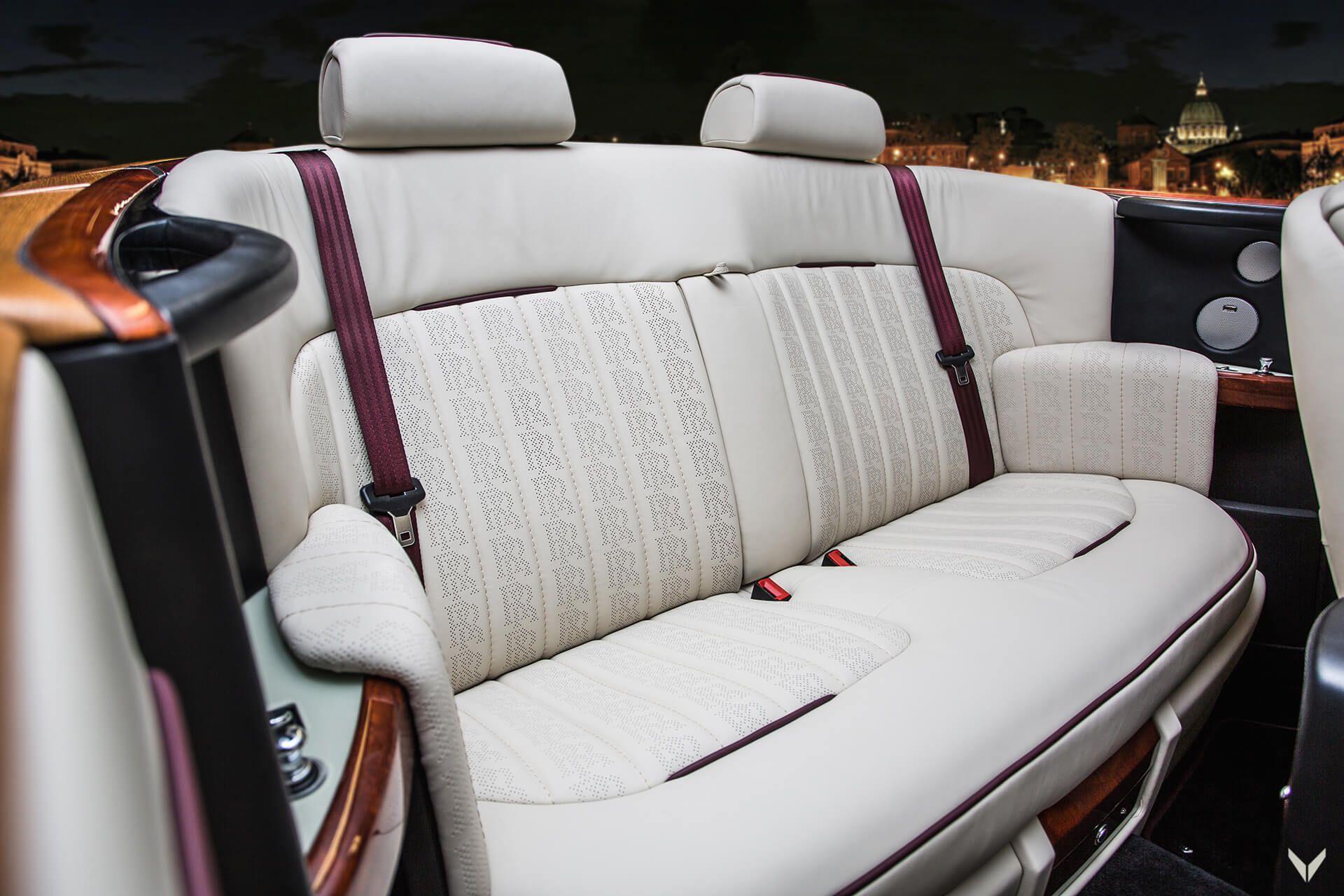 Rolls-Royce_Phantom_Drophead_Coupe_By_Vilner_0008