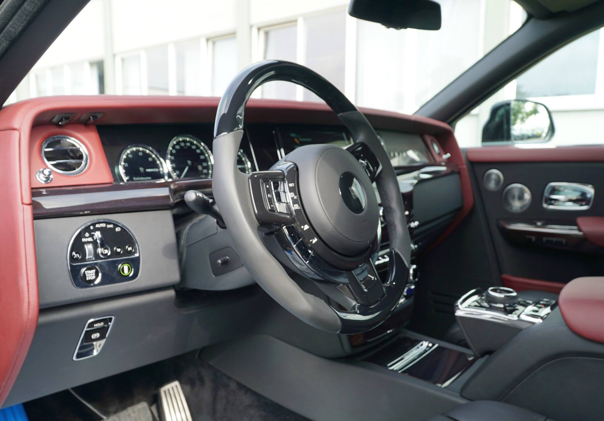 Rolls-Royce Phantom tuned by Mansory (11)