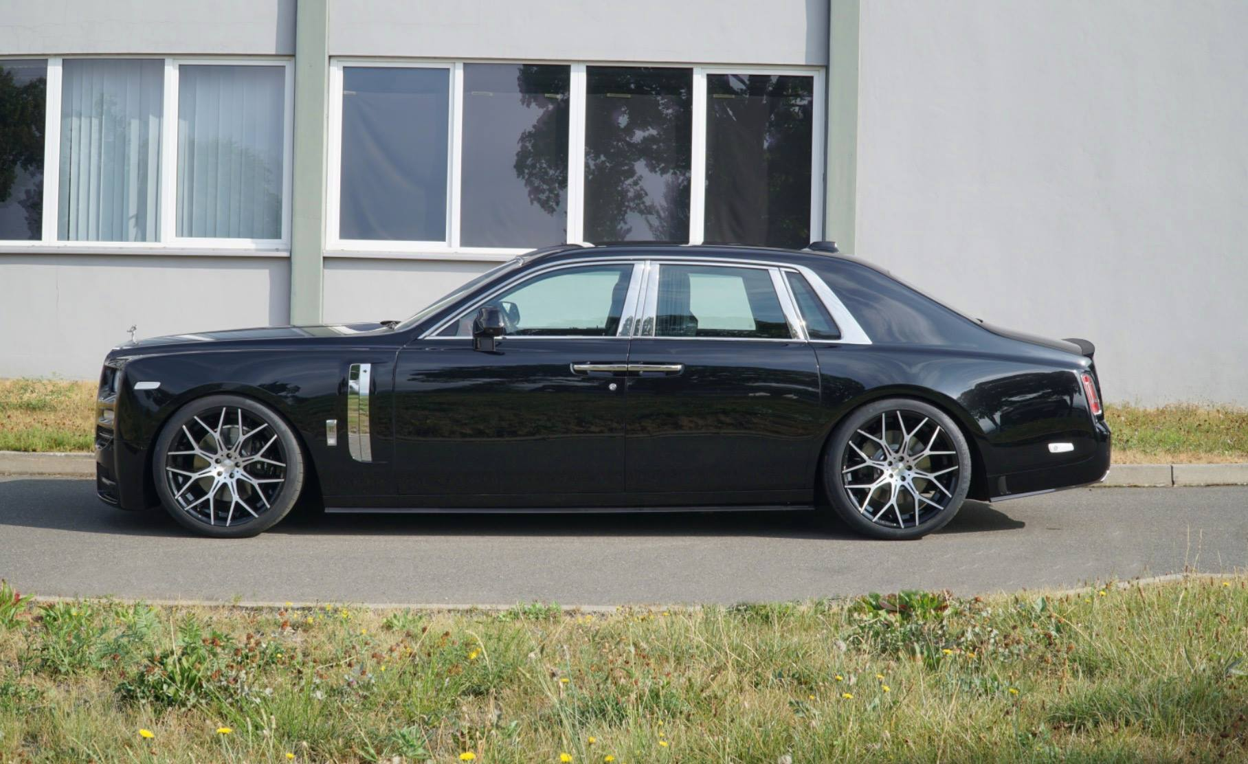 Rolls-Royce Phantom tuned by Mansory (3)