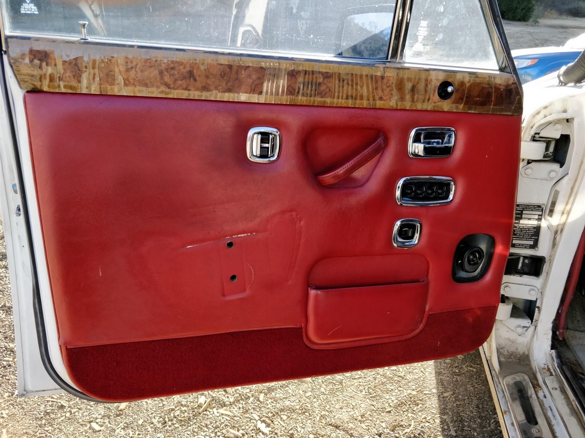 Rolls Royce Silver Shadow II for sale (21)