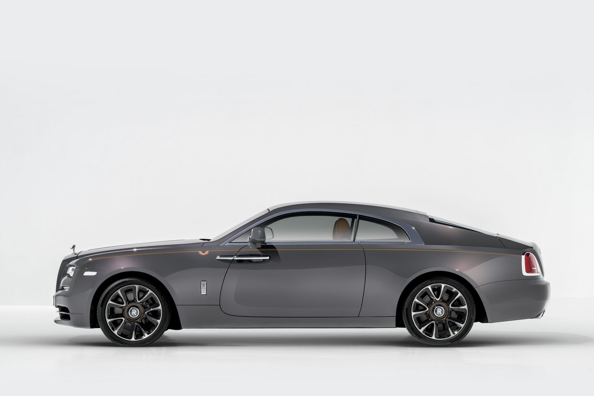 Rolls-Royce Wraith Luminary Collection (3)