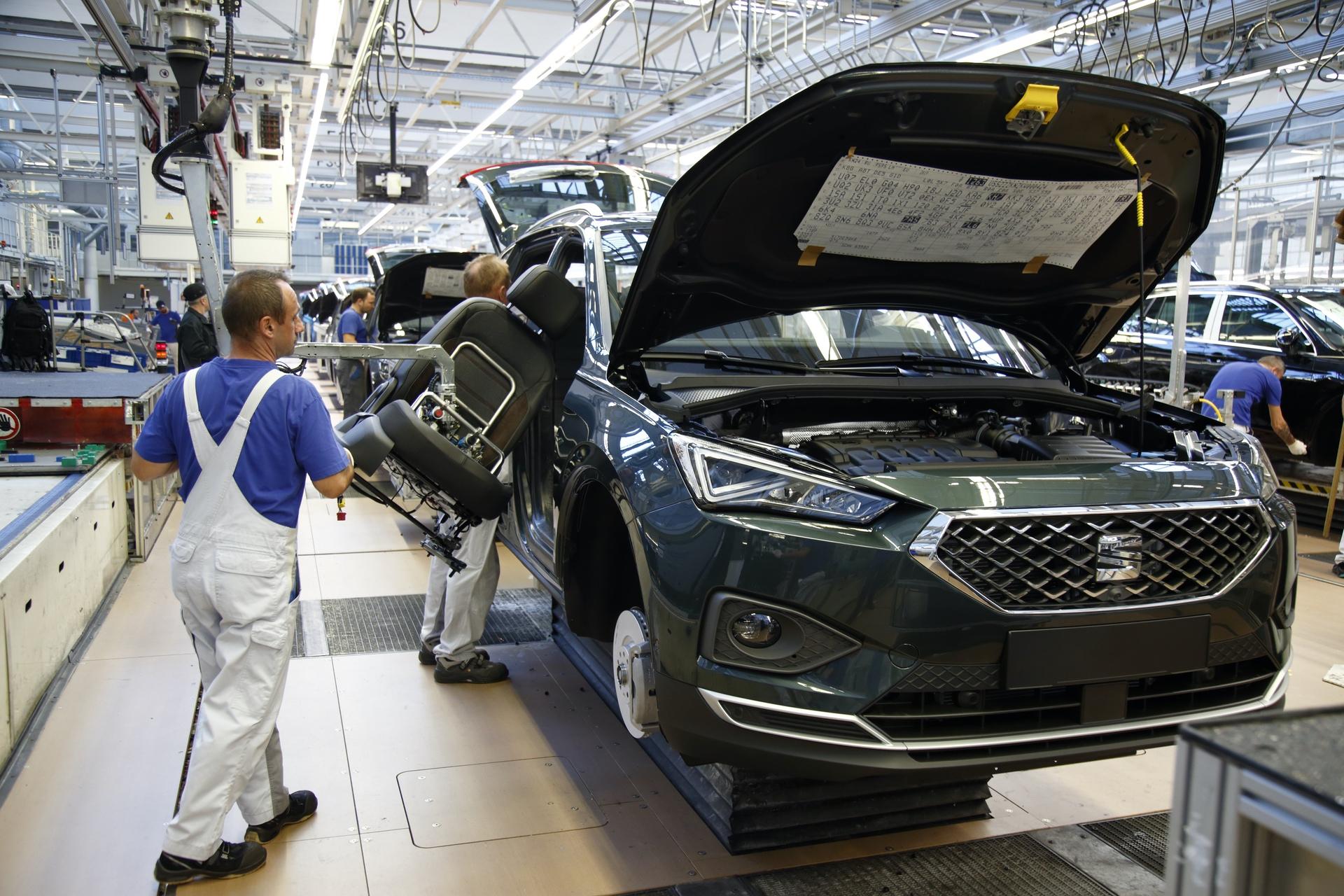 SEAT-Tarraco-production-starts-in-Wolfsburg_002_HQ