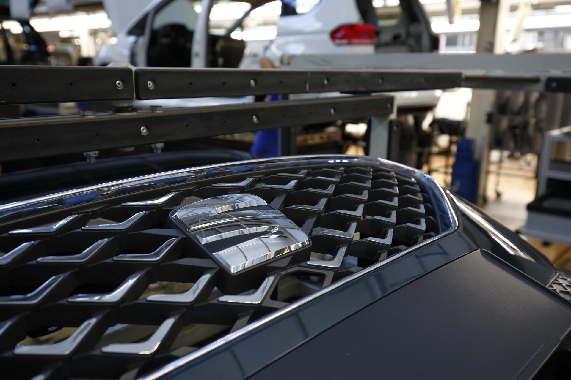 SEAT-Tarraco-production-starts-in-Wolfsburg_004_HQ