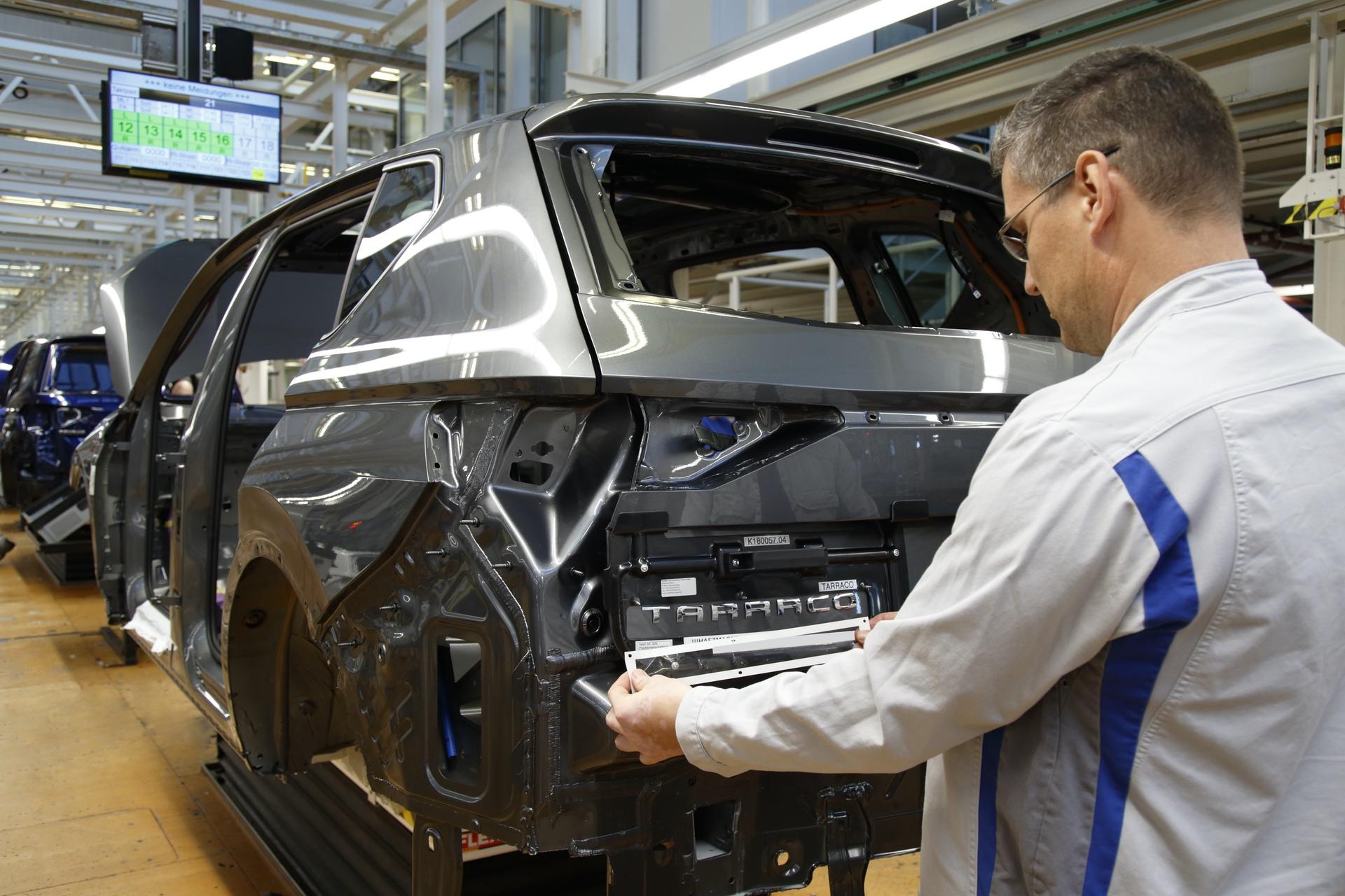 SEAT-Tarraco-production-starts-in-Wolfsburg_006_HQ