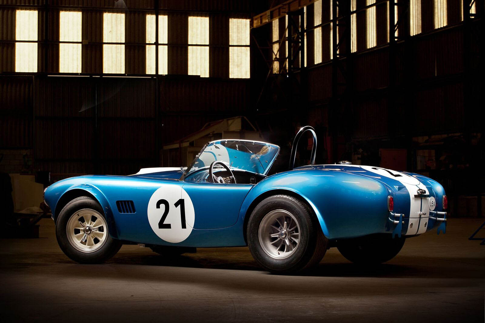 shelby-cobra-bondurant-edition-02