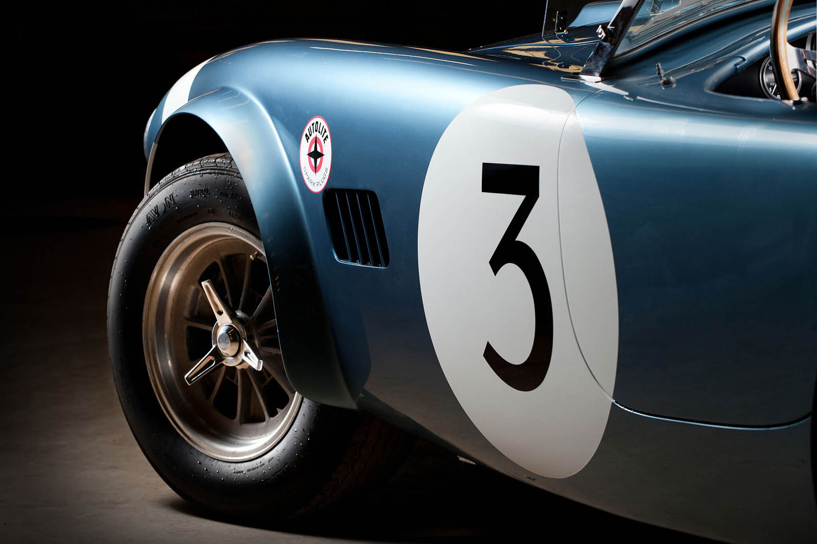 shelby-cobra-bondurant-edition-04
