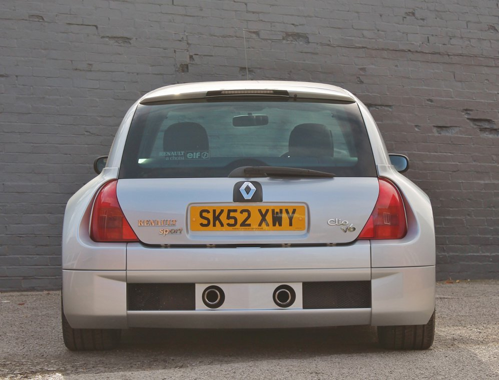 Silver Renault Clio V6 for auction (4)
