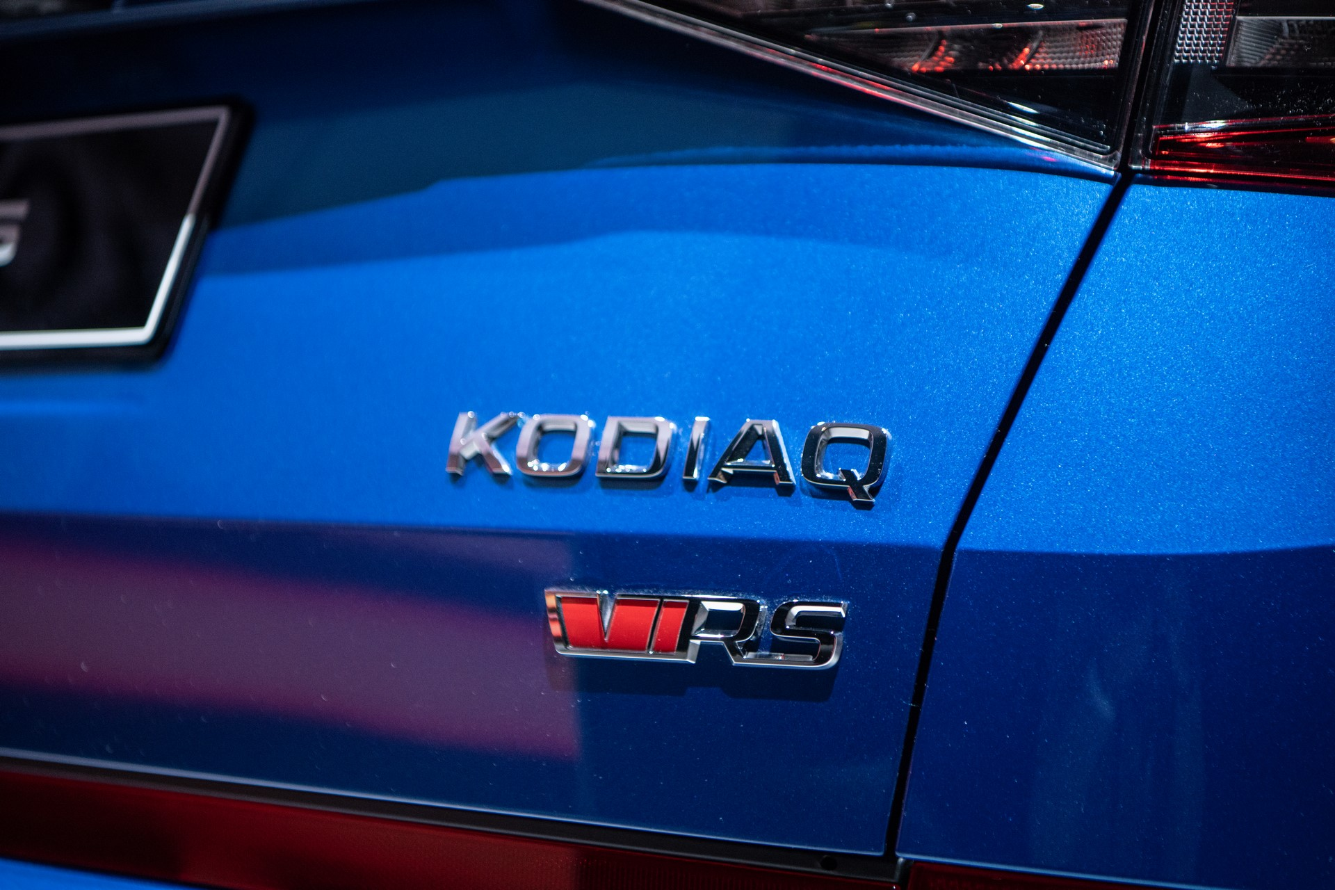 kodiaq-rs-badge-paris-skoda