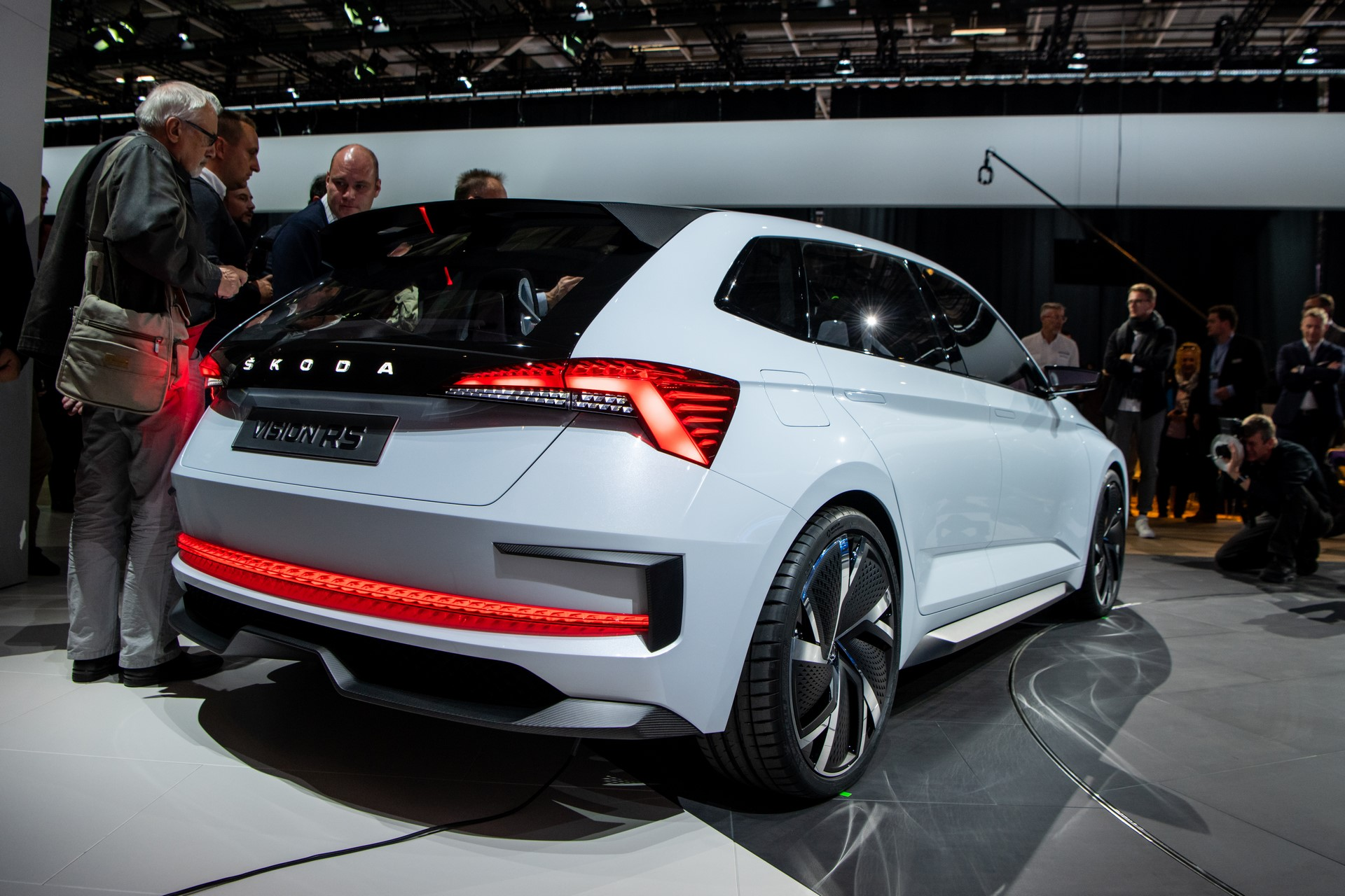 vision-rs-skoda-sneak-premiere-paris