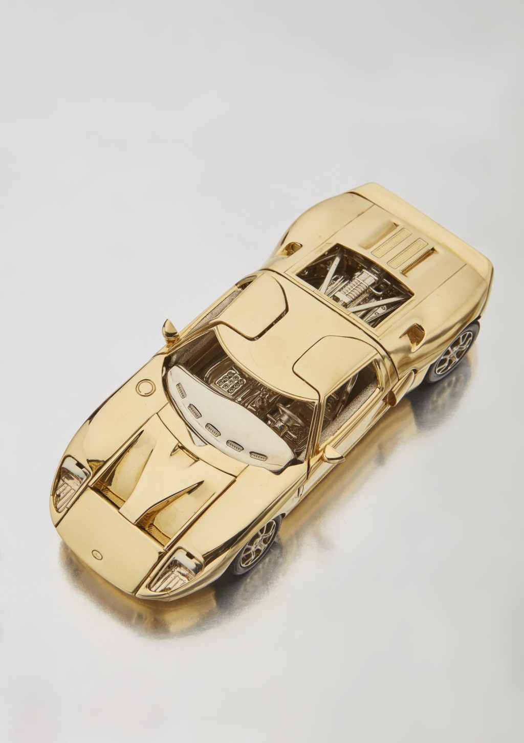 Solid Gold Ford GT (4)