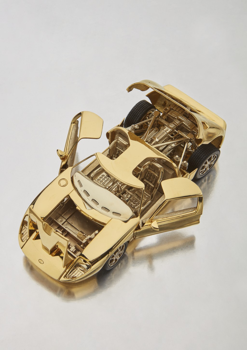 Solid Gold Ford GT (6)