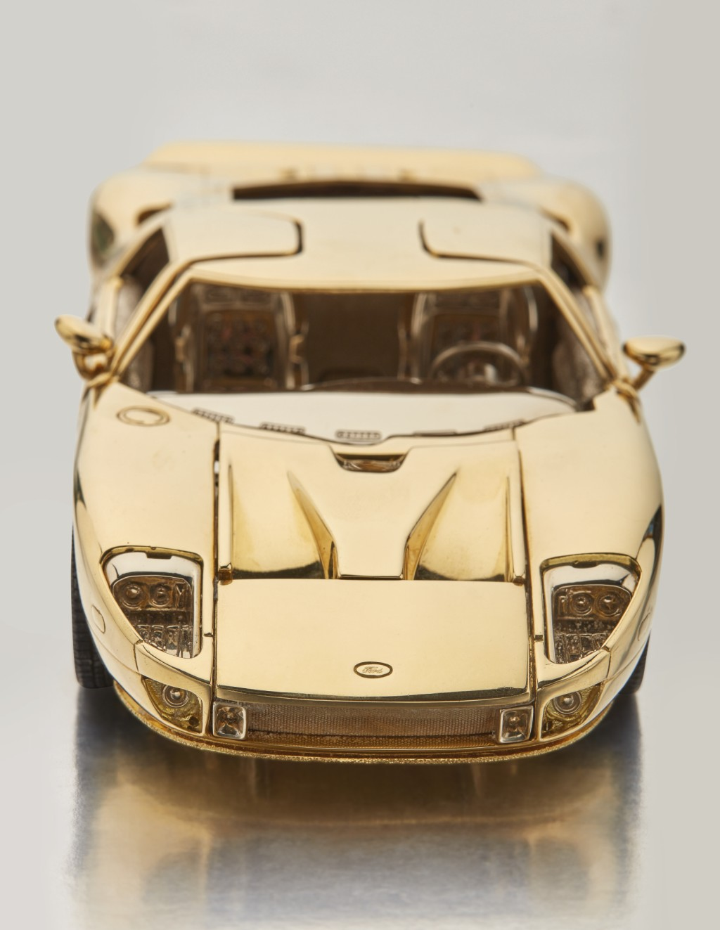 Solid Gold Ford GT (7)