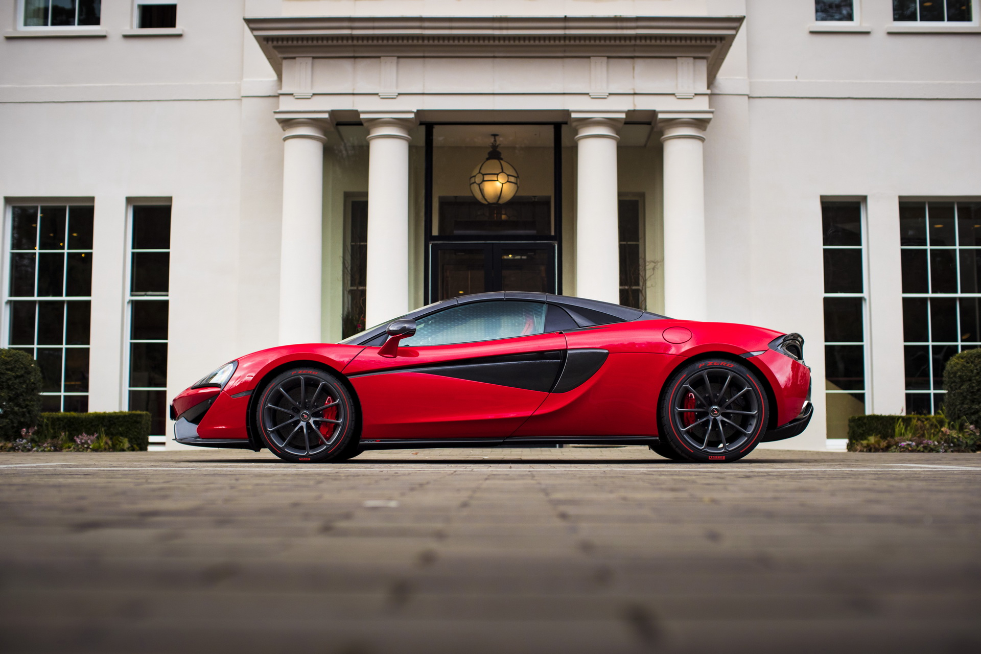 mclaren-570s-spider-vermillion-red-9