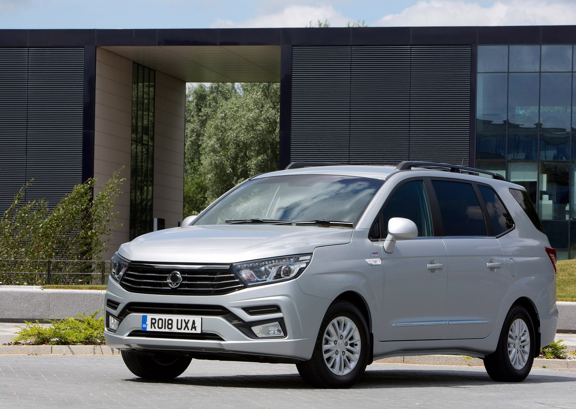 SsangYong_Turismo_0008
