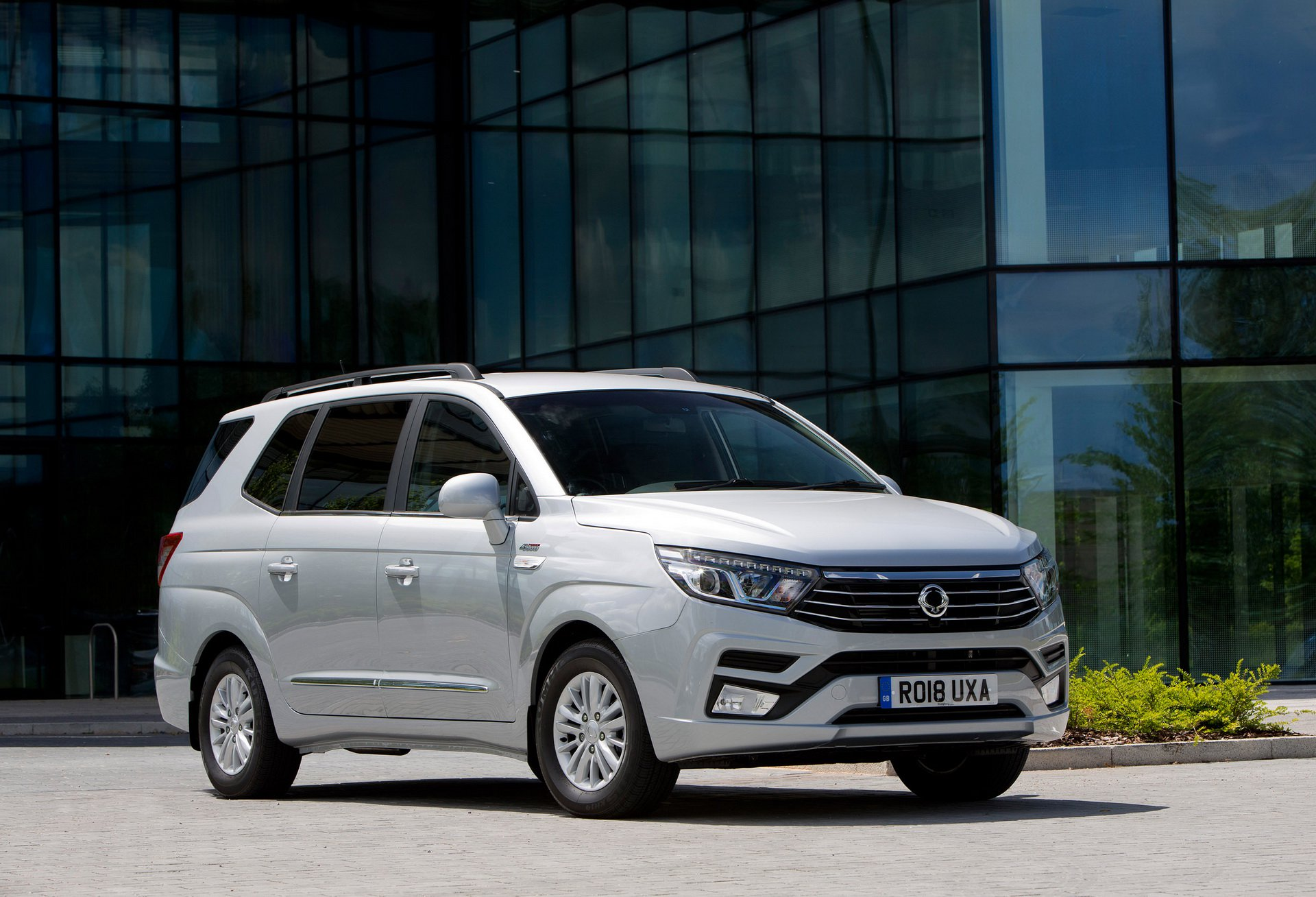 SsangYong_Turismo_0009