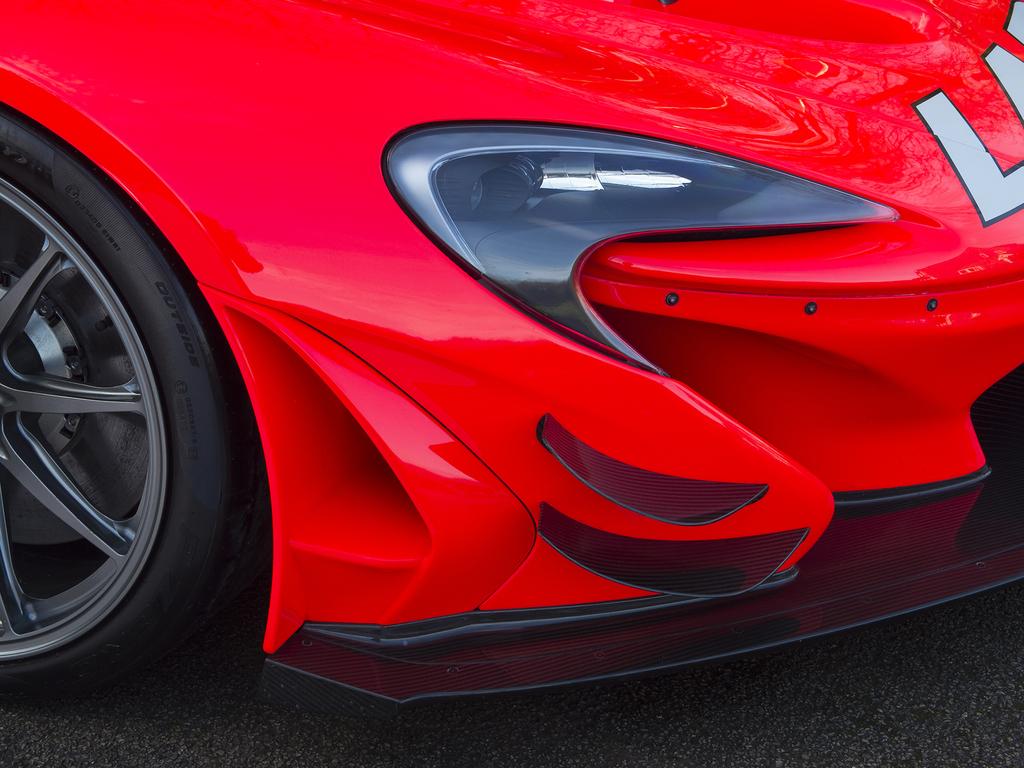 Street-legal_McLaren_P1_GTR_0031
