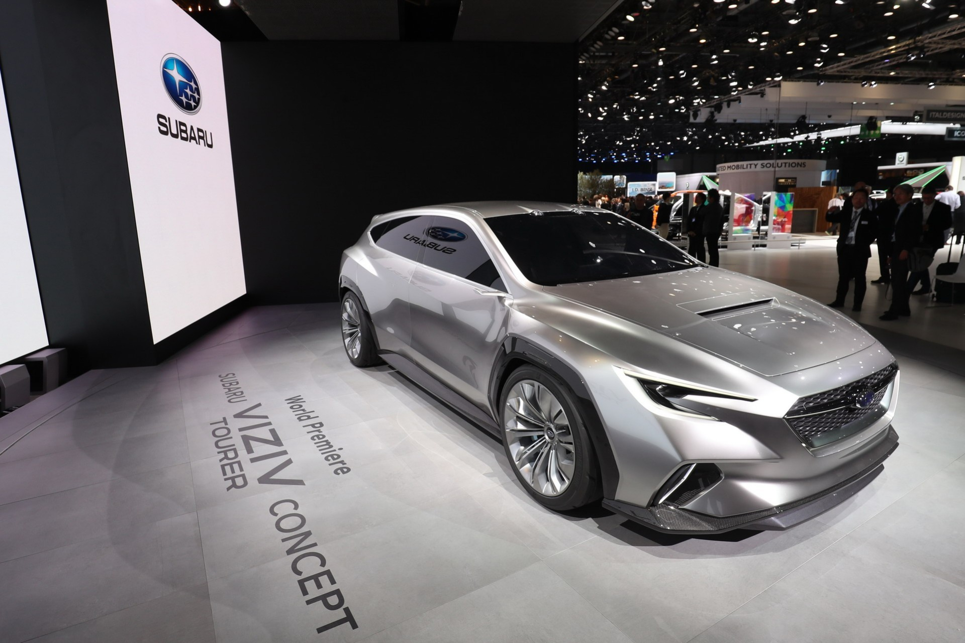 Subaru Viziv Tourer Concept (10)
