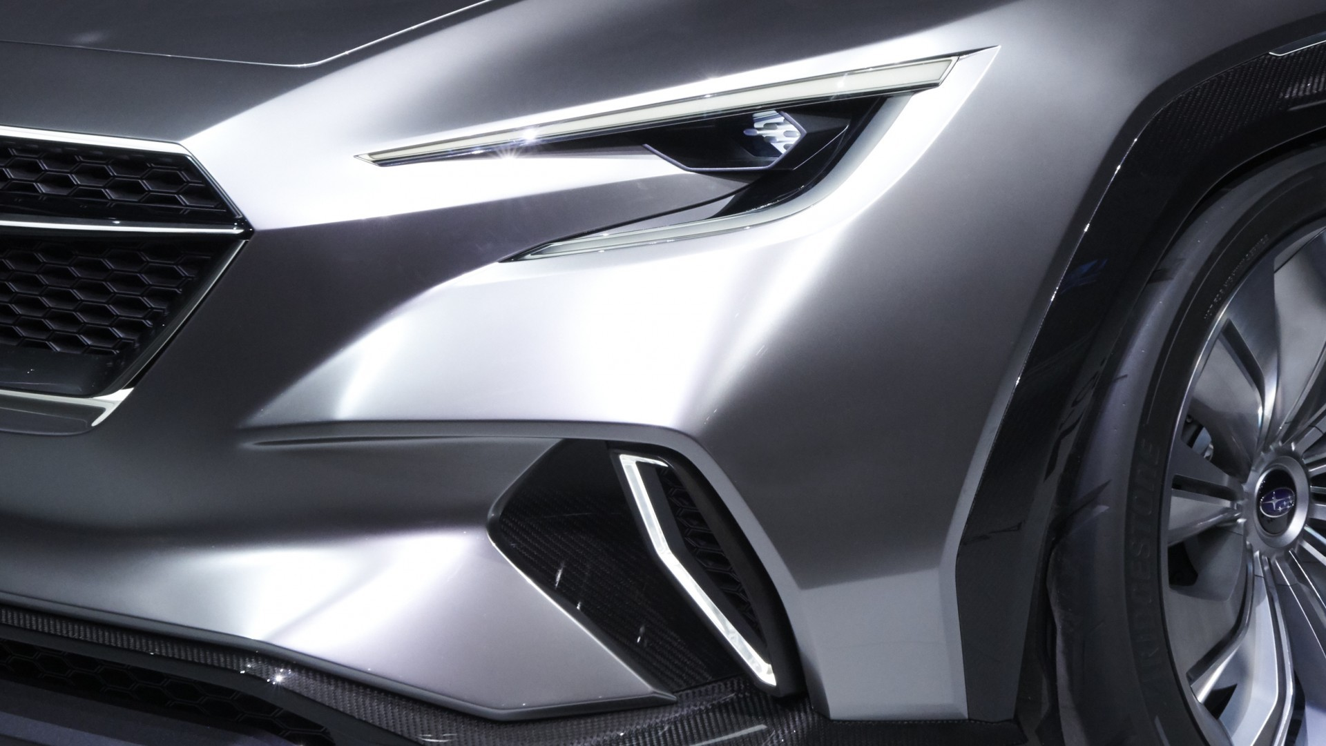 Subaru Viziv Tourer Concept (4)