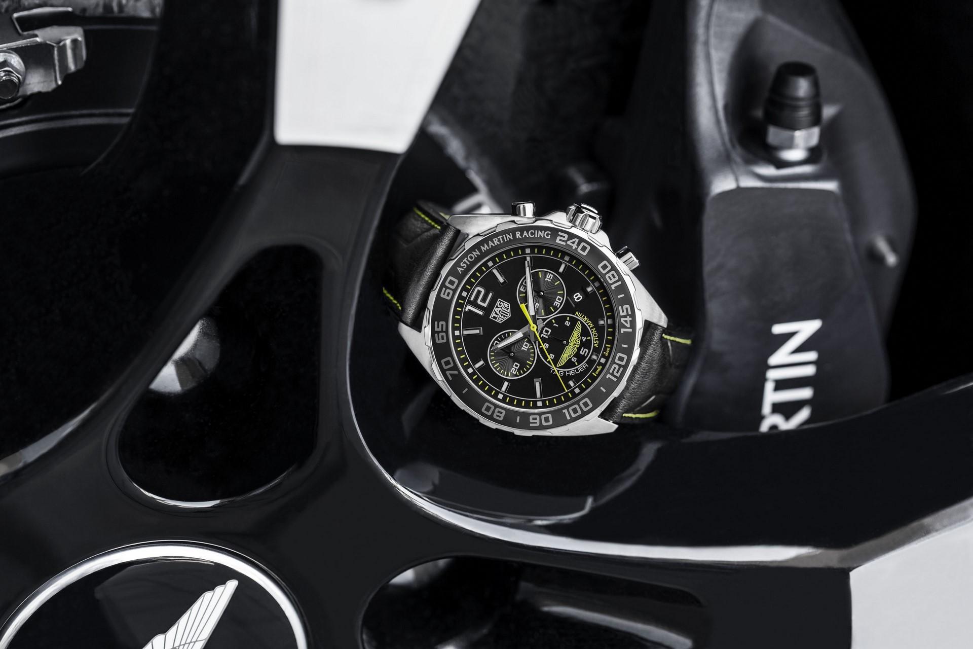 TAG Heuer Carrera 01 Aston Martin Special Edition (9)