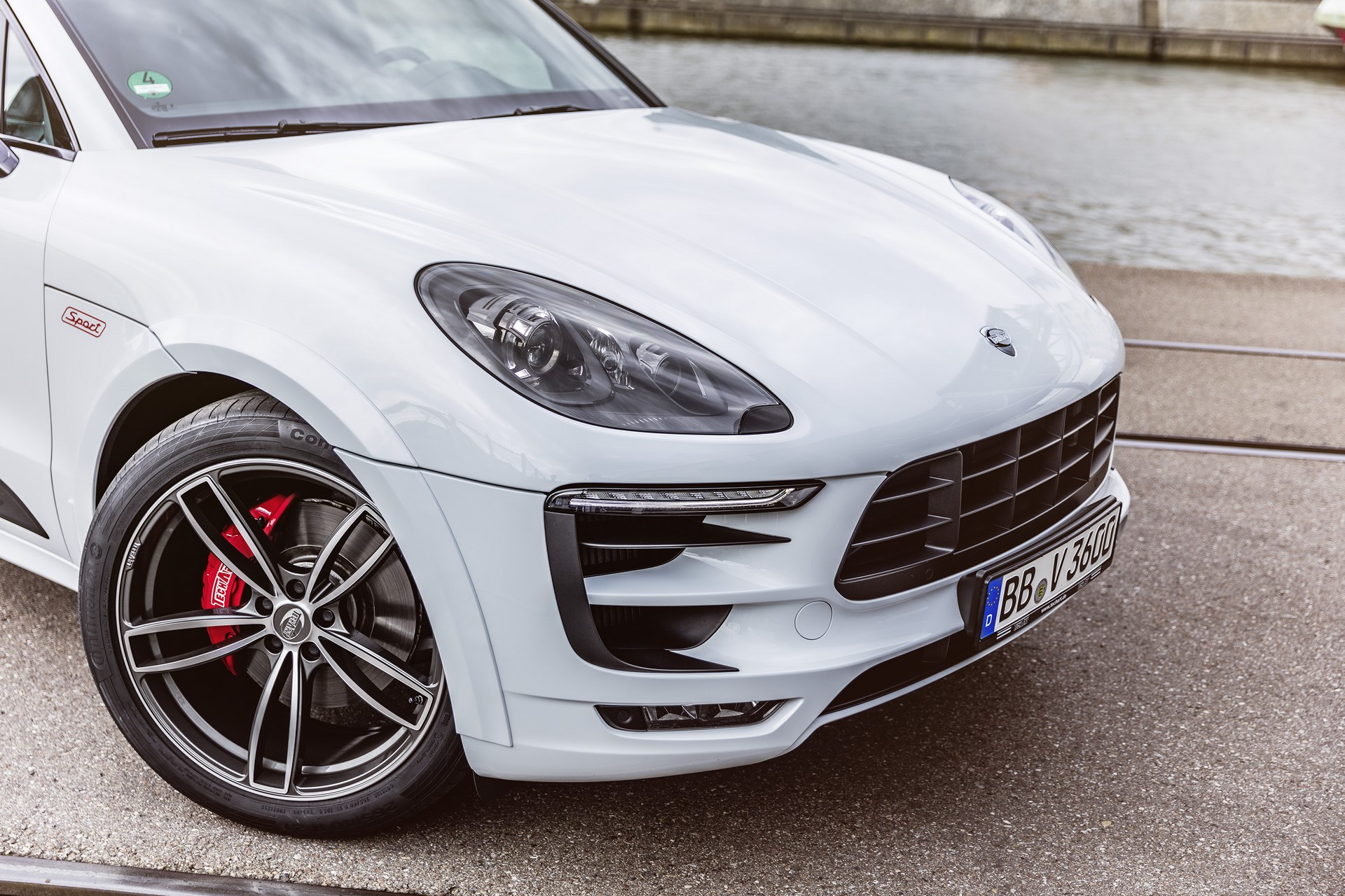 TechArt Porsche Macan (2)