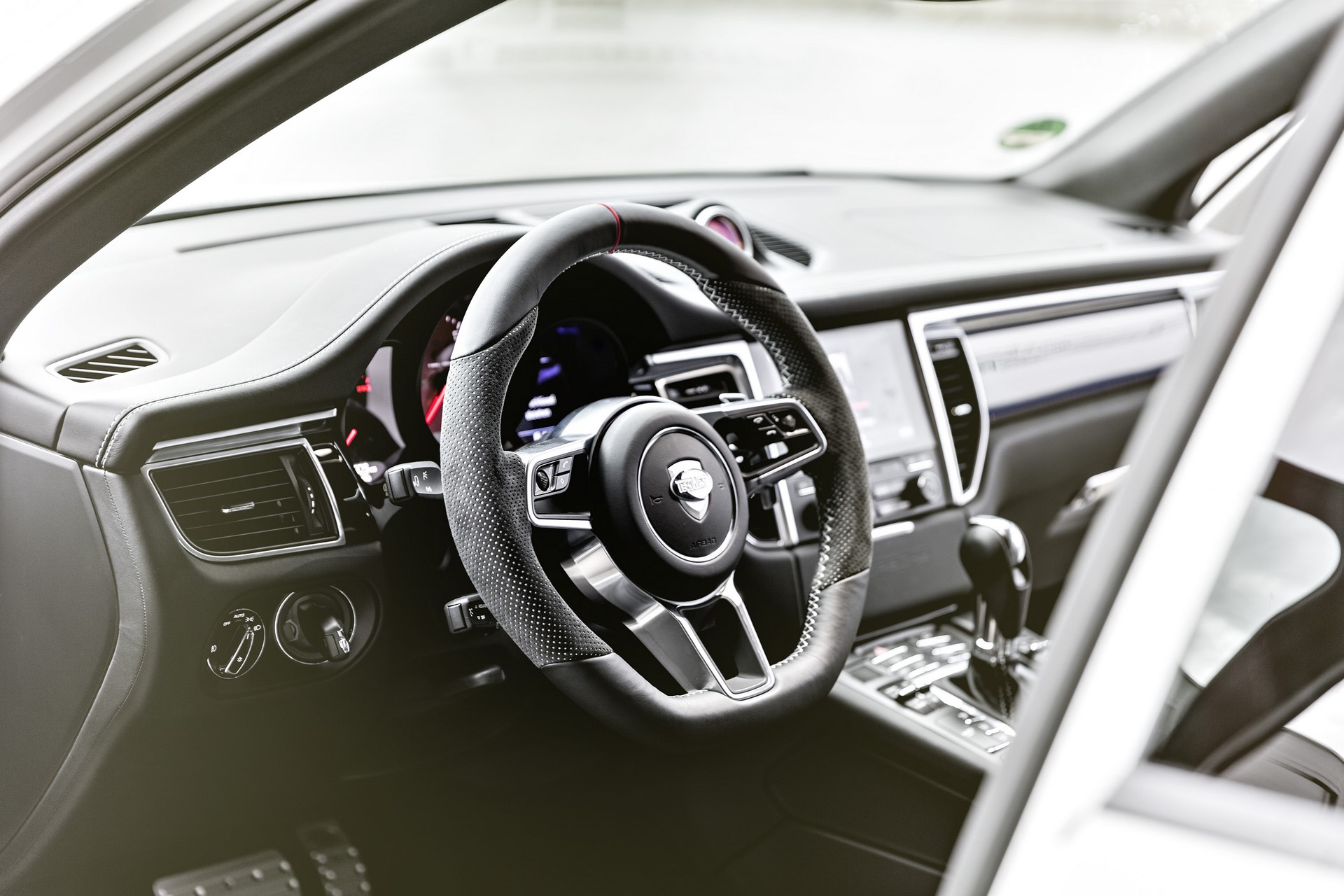 TechArt Porsche Macan (8)