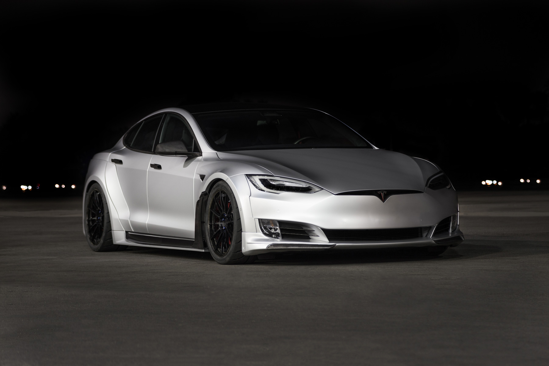 Tesla_Model_S_by_Unplugged_Performance_0001