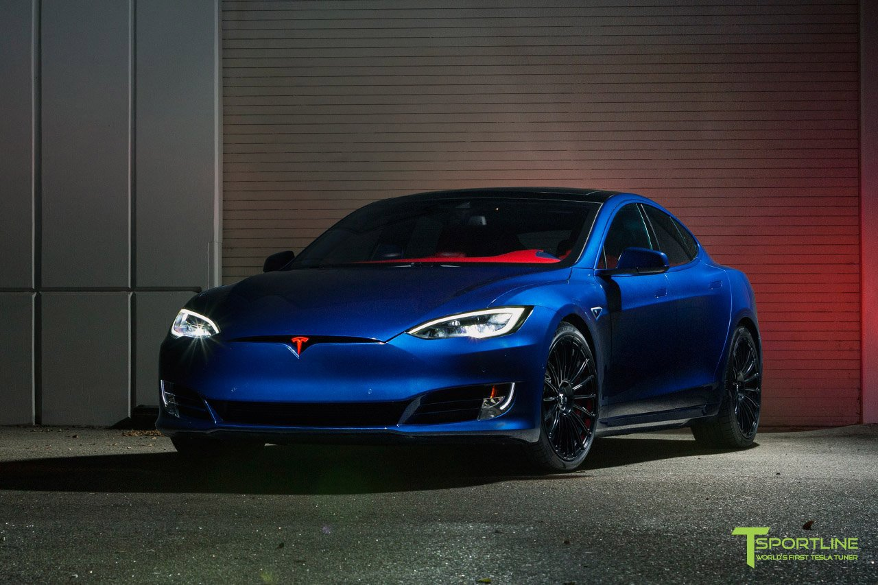 Tesla Model S for Superman by T Sportline (1)