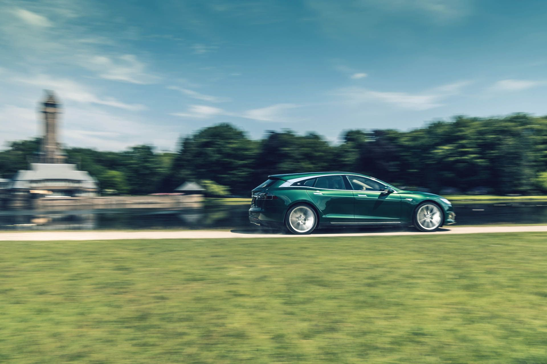tesla-model-s-shooting-brake-remetzcar-26