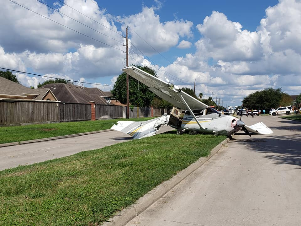 Index of /wp-content/gallery/2018/tesla-model-x-plane-crash/