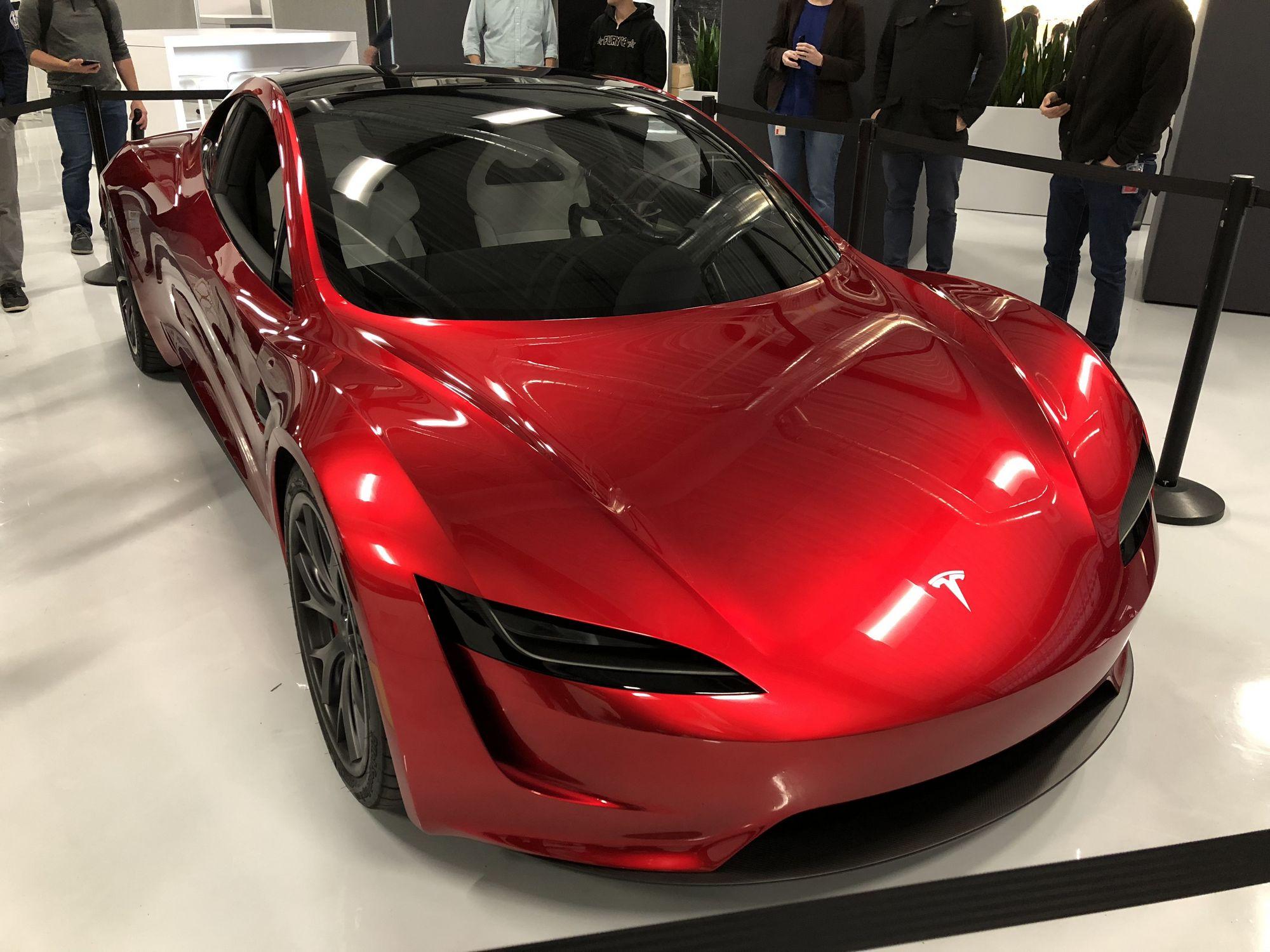 Tesla_Roadster_0000