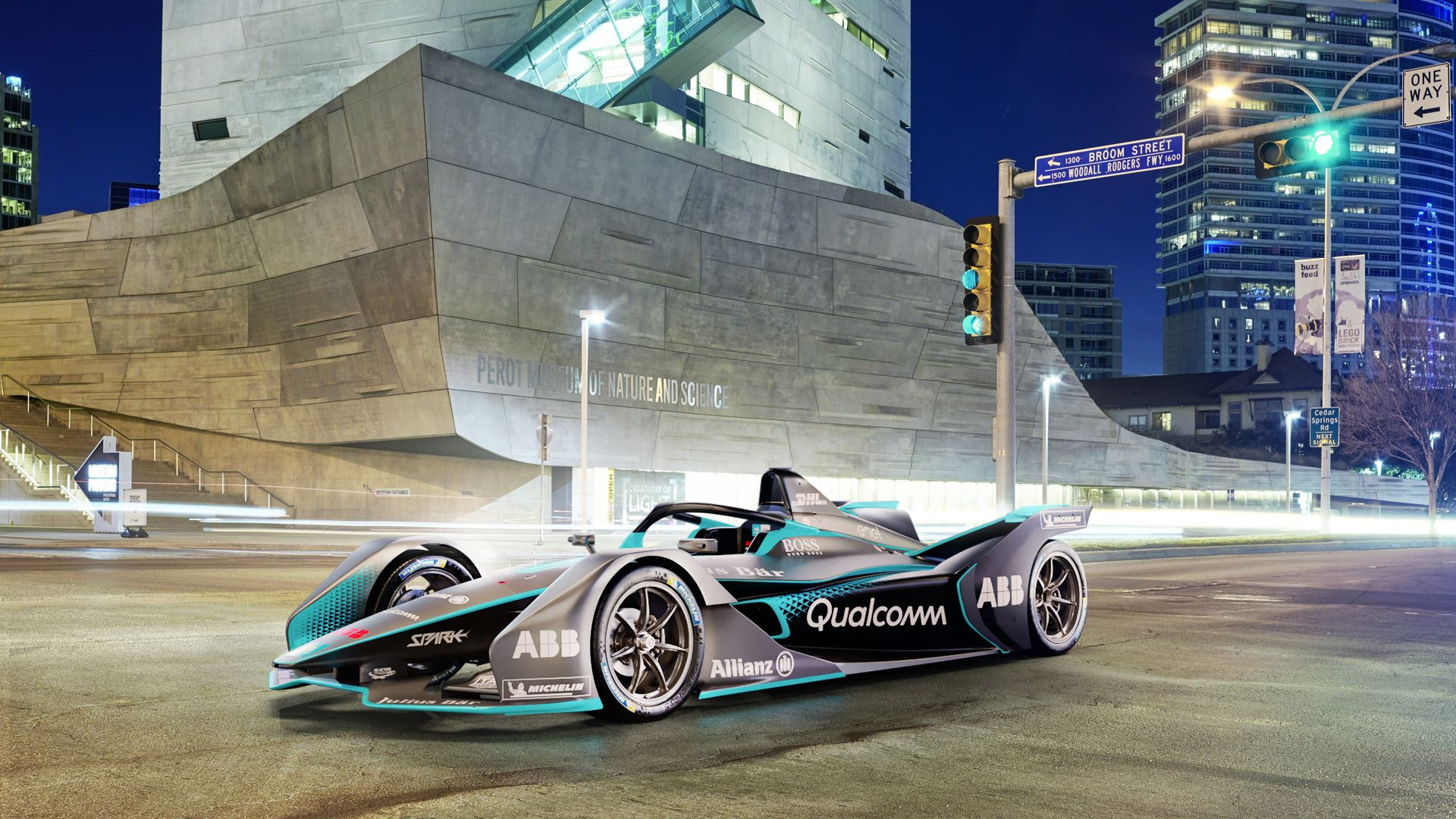 The_Gen2_Formula_E_car_0000
