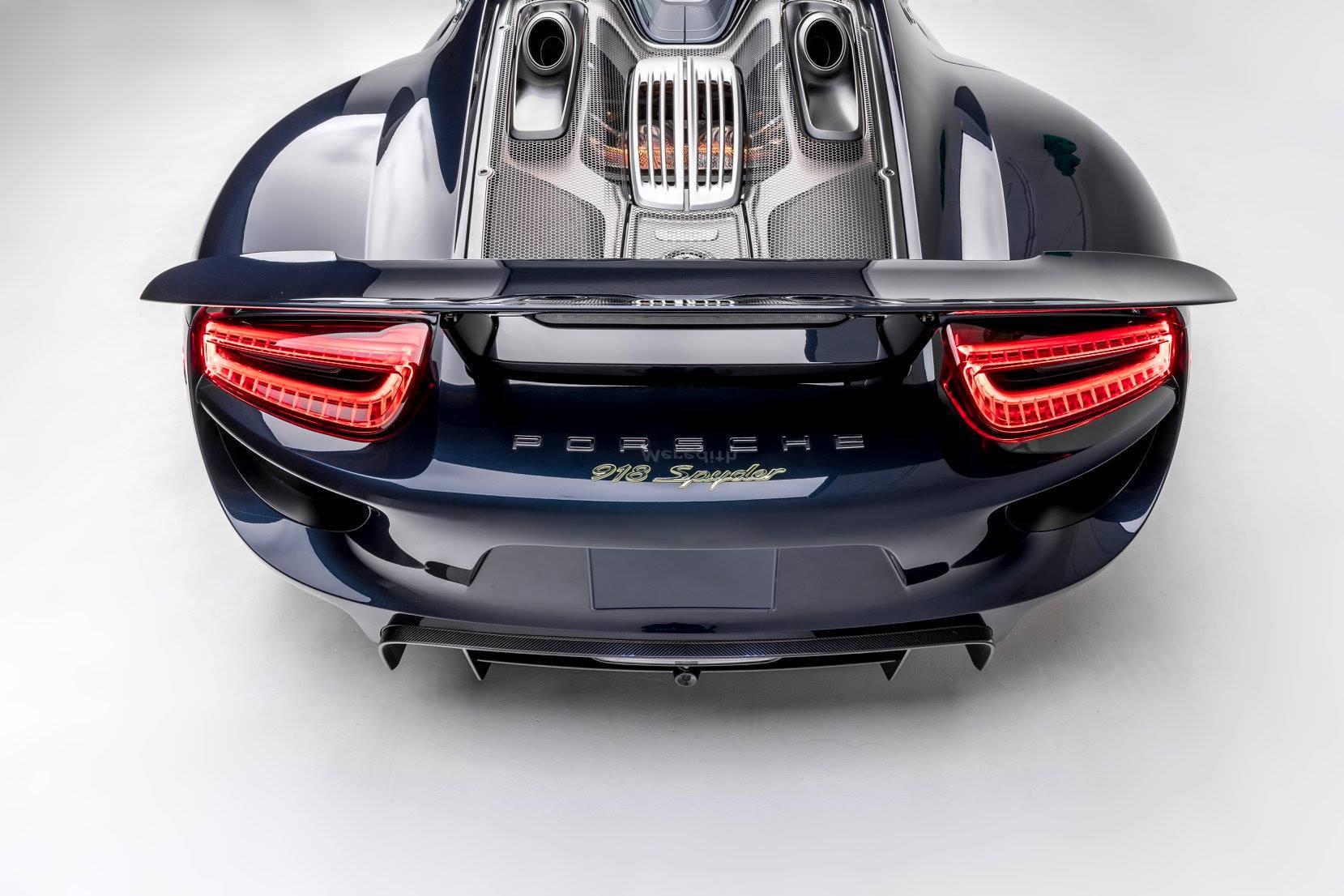The Porsche Effect (26)