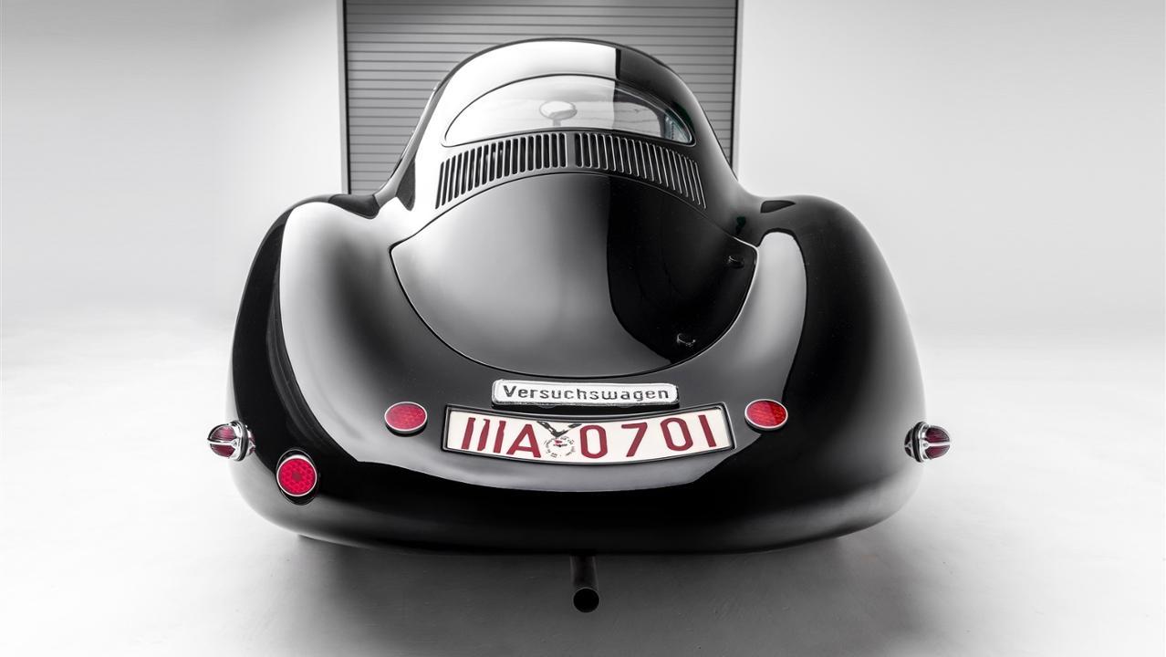The Porsche Effect (30)