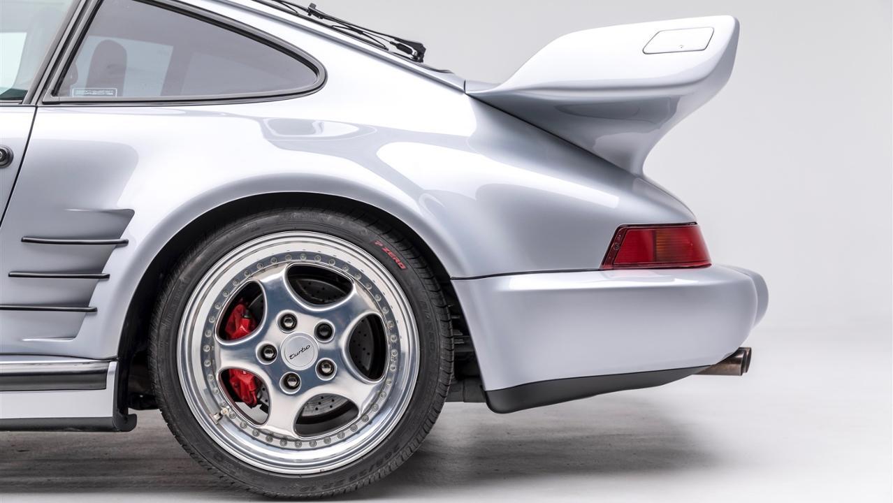 The Porsche Effect (39)