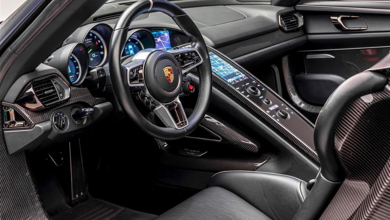 The Porsche Effect (44)
