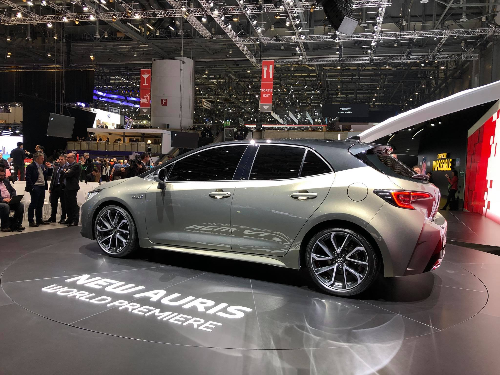 Toyota Auris 2018 (5)