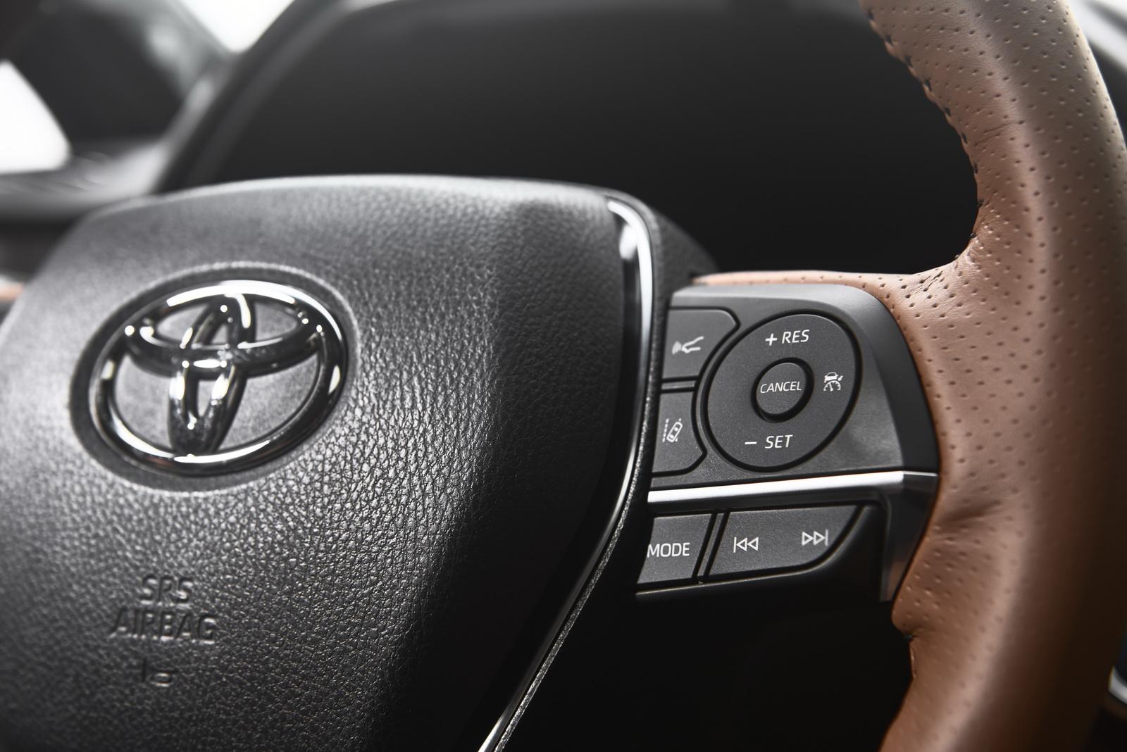 Toyota Avalon 2019 (12)