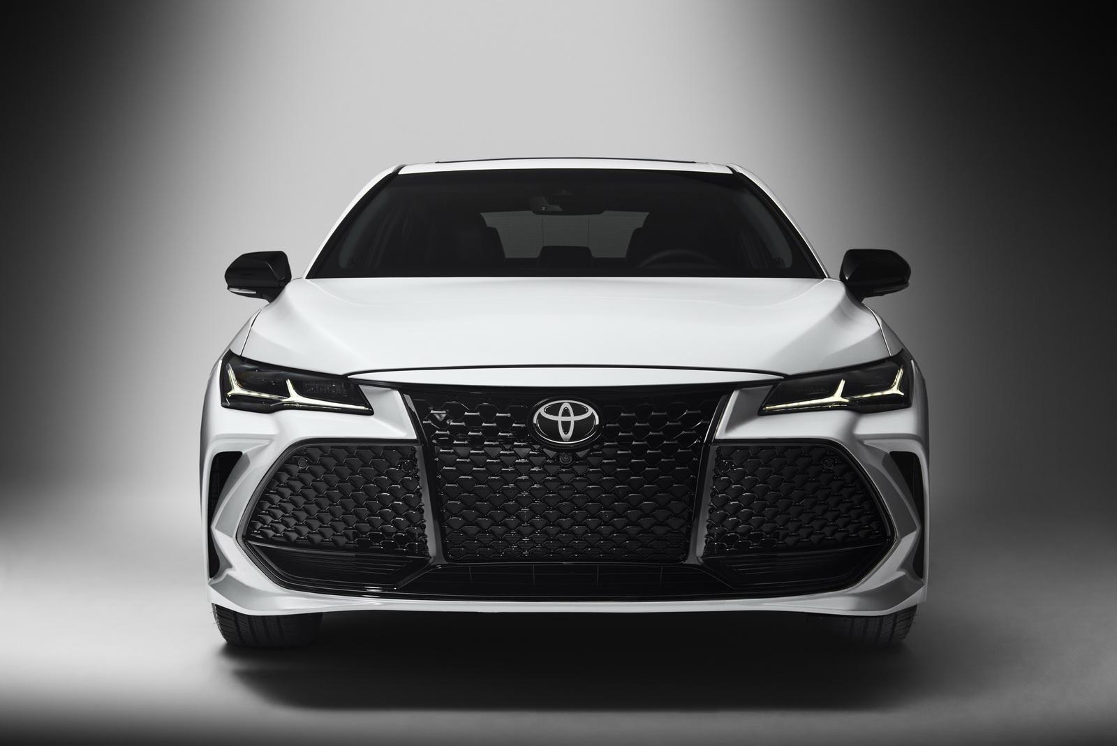 Toyota Avalon 2019 (31)