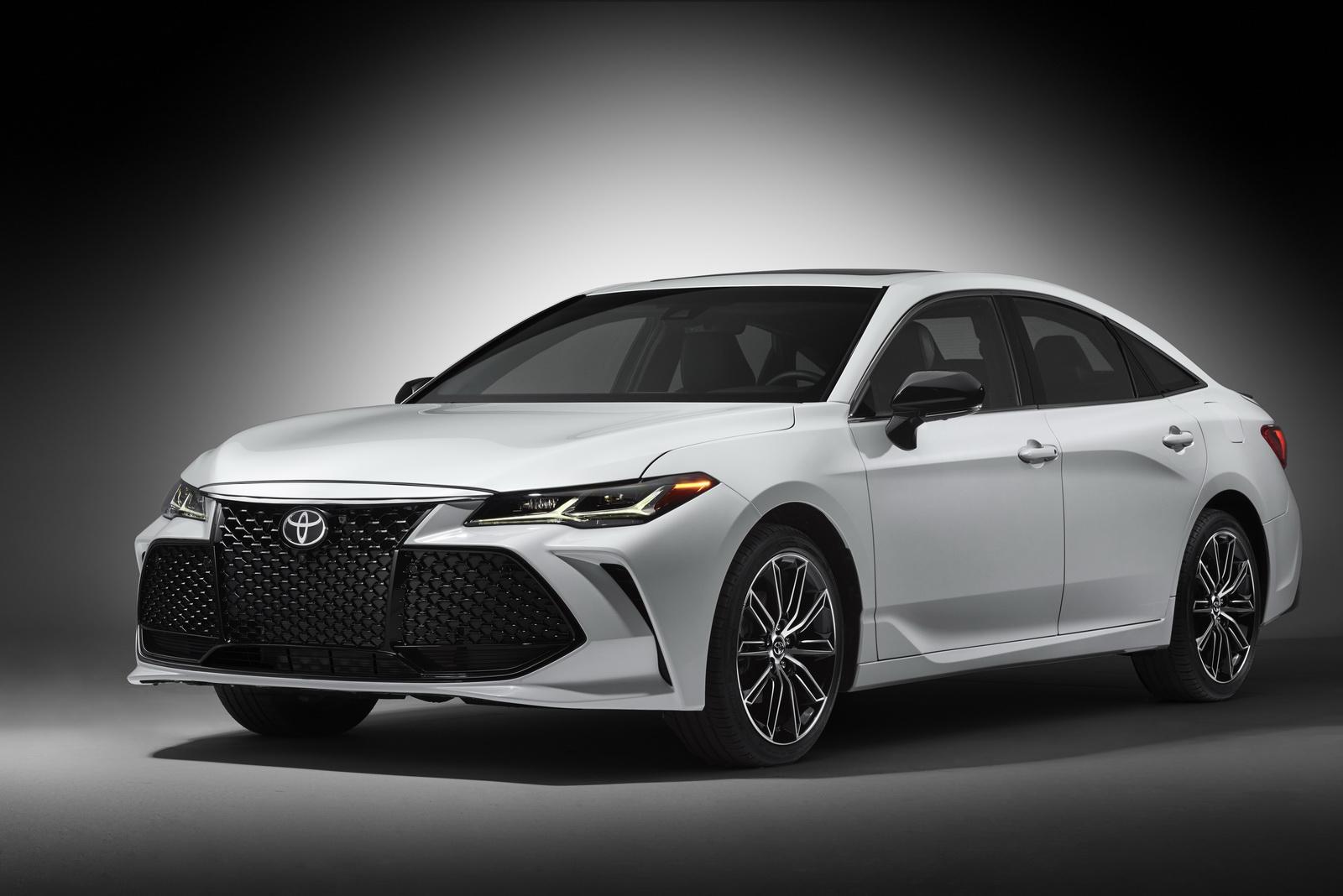 Toyota Avalon 2019 (33)