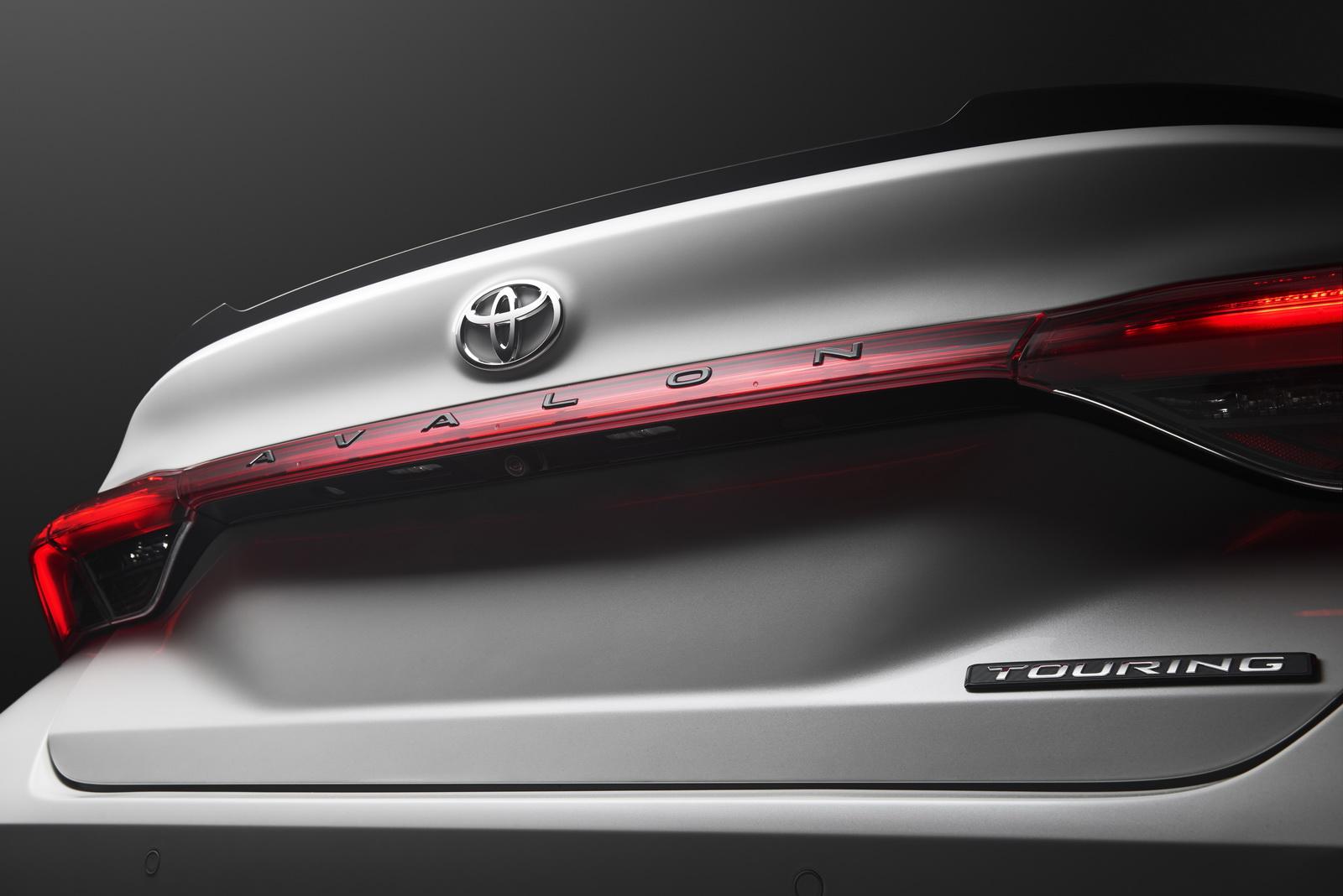 Toyota Avalon 2019 (47)