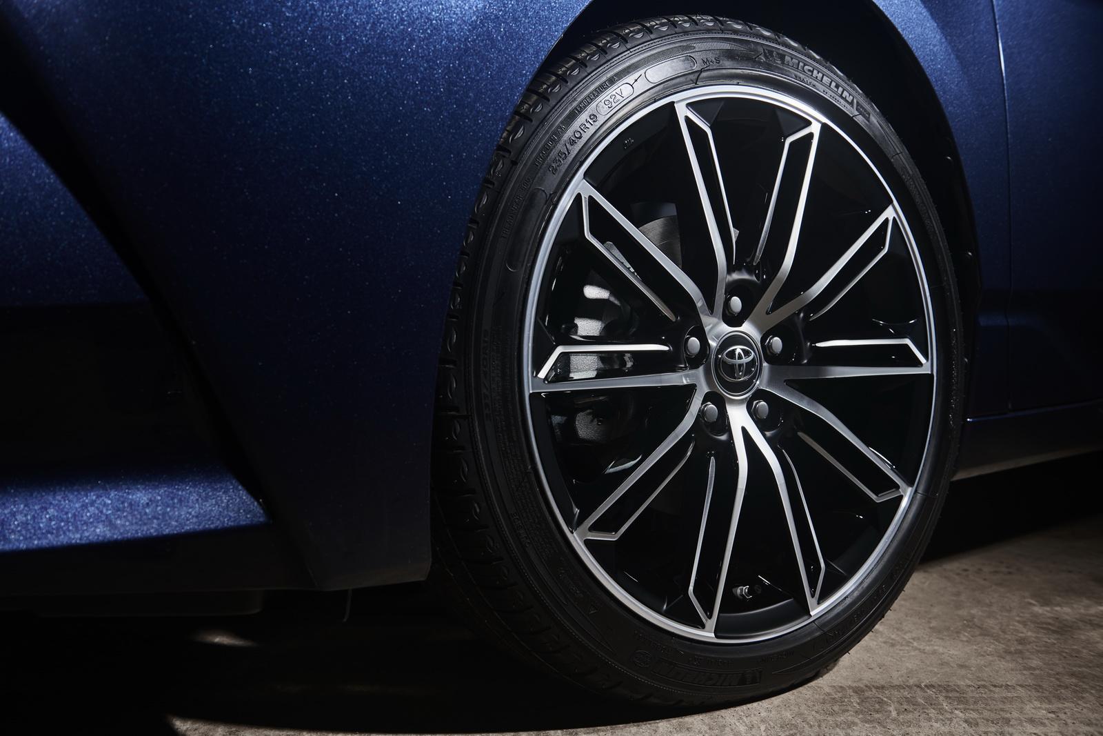 Toyota Avalon 2019 (57)