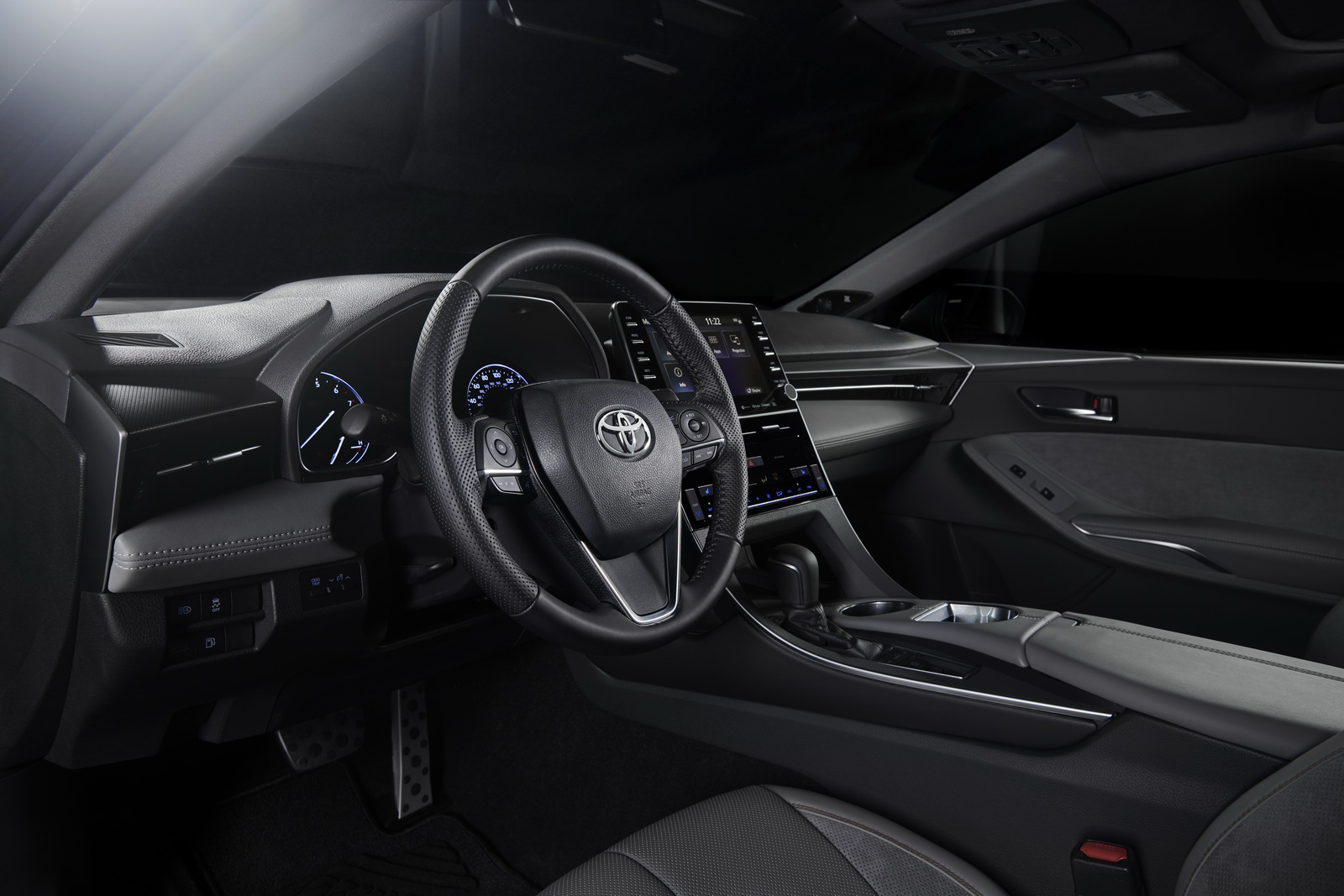 Toyota Avalon 2019 (60)