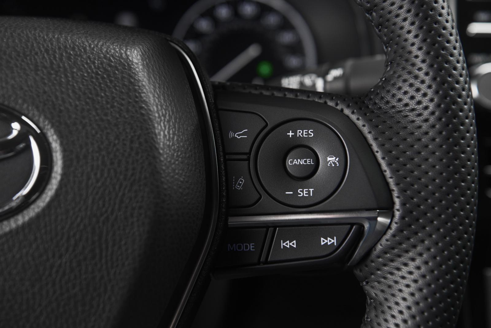 Toyota Avalon 2019 (72)