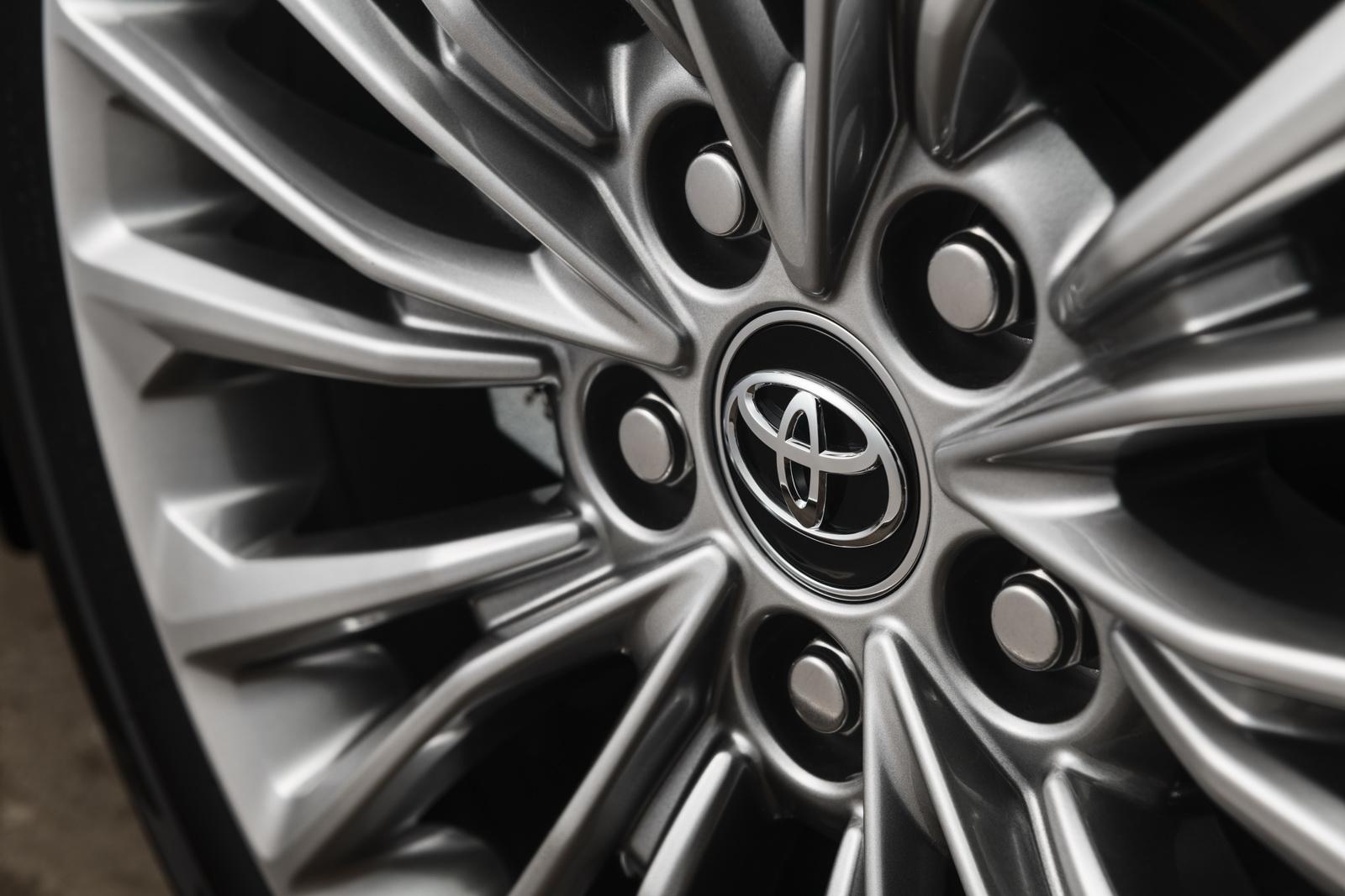 Toyota Avalon 2019 (9)